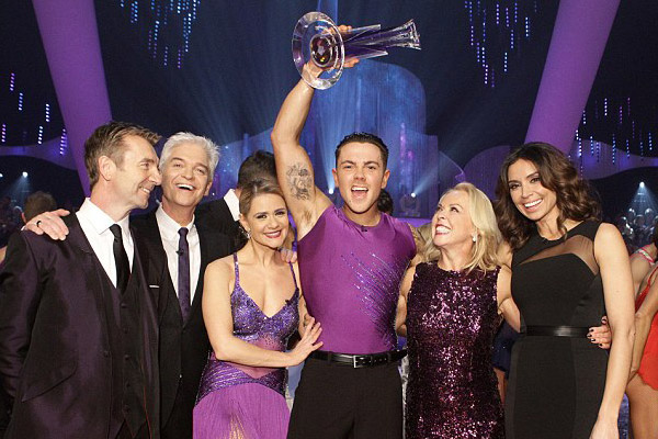 ray-quinn-dancing-on-ice-winner-600x400