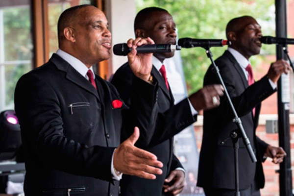 soul-kinda-wonderful-singing-group-600x400-2