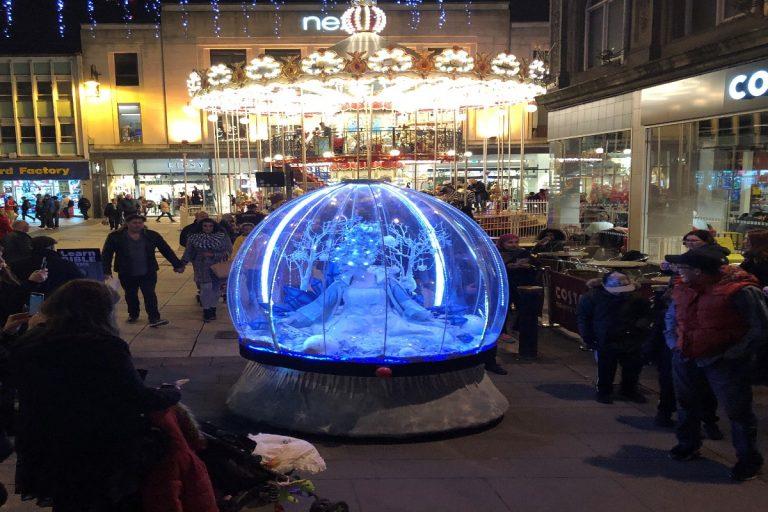 Cardiff Christmas lights entertainment